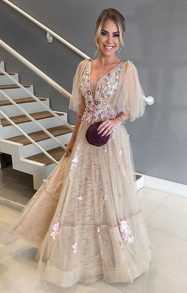 vestido de festa longo nude com bordado para madrinha de casamento