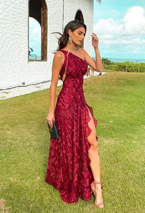vestido longo marsala com fenda