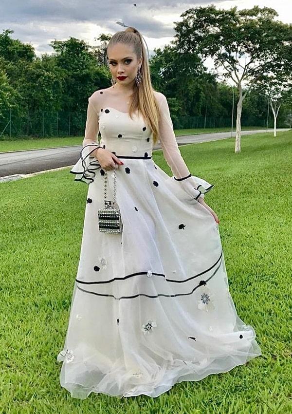 vestido longo off white  para convidada de casamento no campo