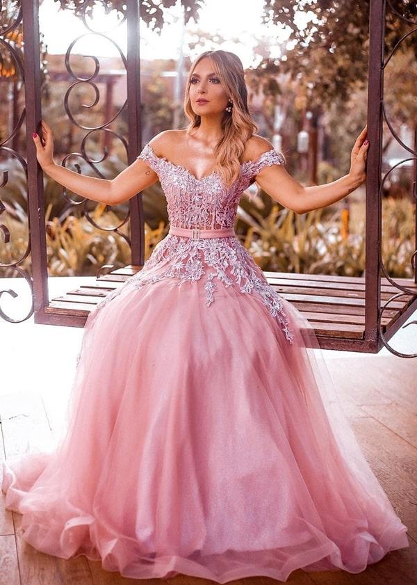 vestido de festa longo rosa bordado para madrinha de casamento á noite