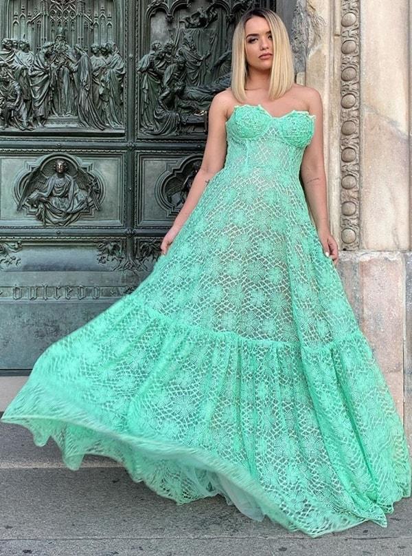 Rafa Kalimann vestido longo verde menta de renda guipir para casamento