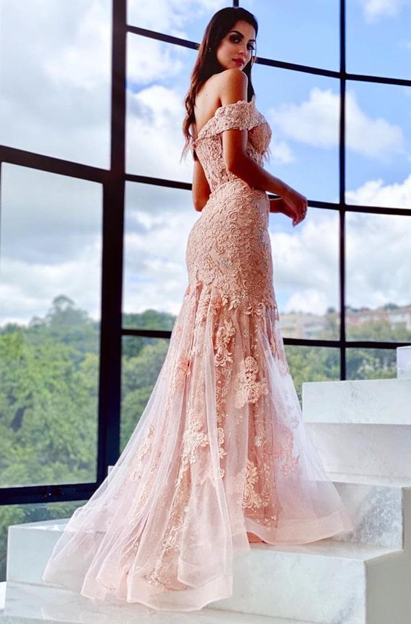 vestido de festa longo rose gold modelo semi seria com cauda