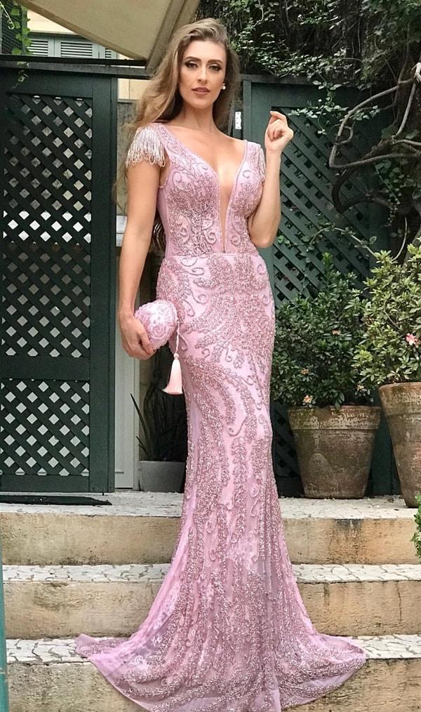 vestido de festa rosa justo todo bordado