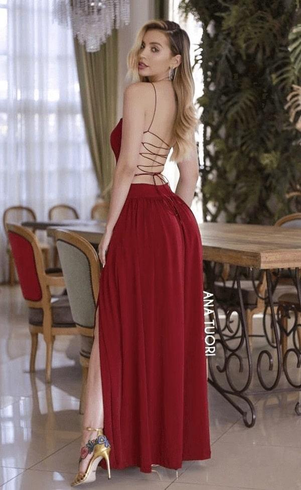 vestido longo marsala com decote nas costas