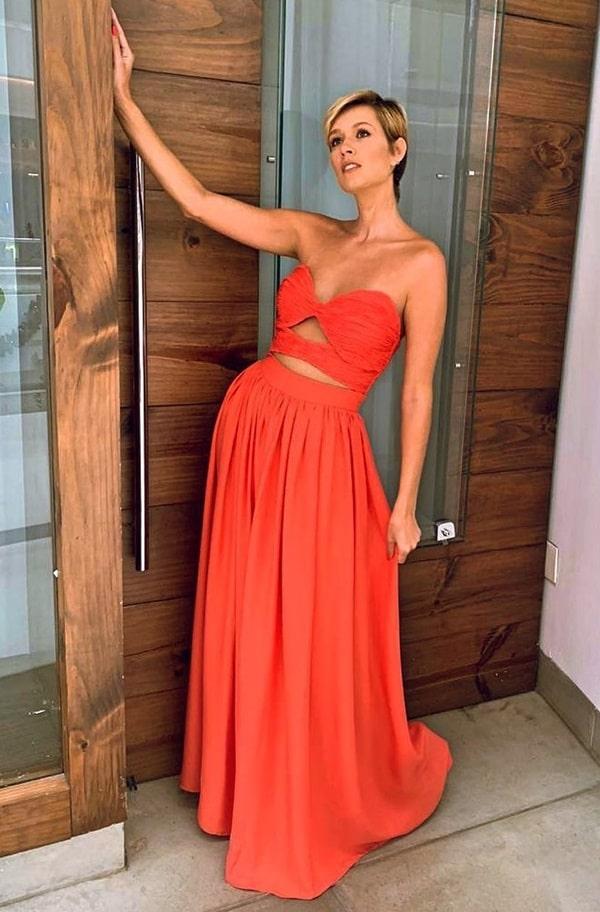 vestido longo para convidada de casamento na praia