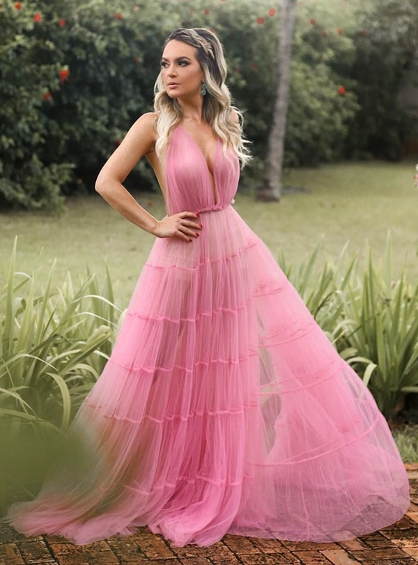 vestido longo rosa para casamento durante o dia