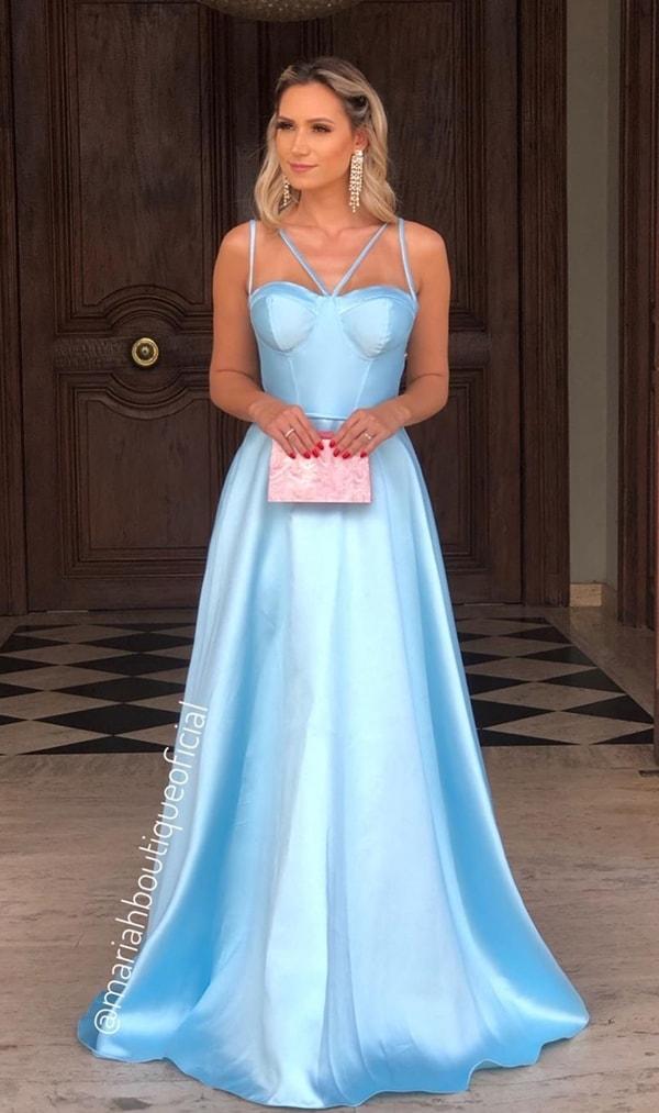 vestido longo azul serenity com corpete estruturado