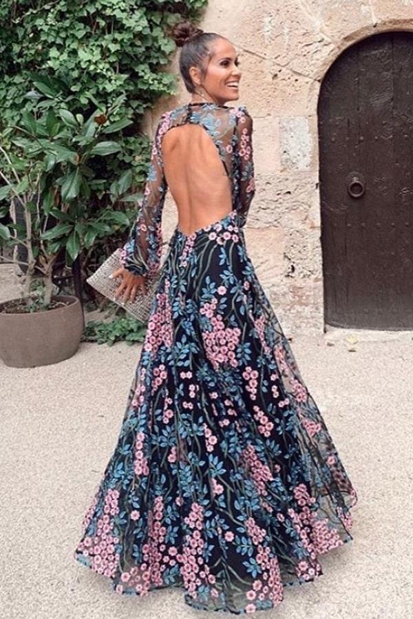 vestido de festa longo estampado com decote nas costas