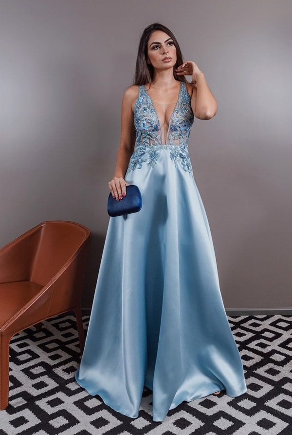 vestido longo azul serenity para madrinha de casamento a noite na igreja