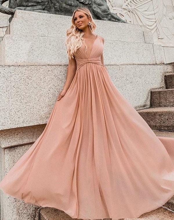vestido longo nude fluido